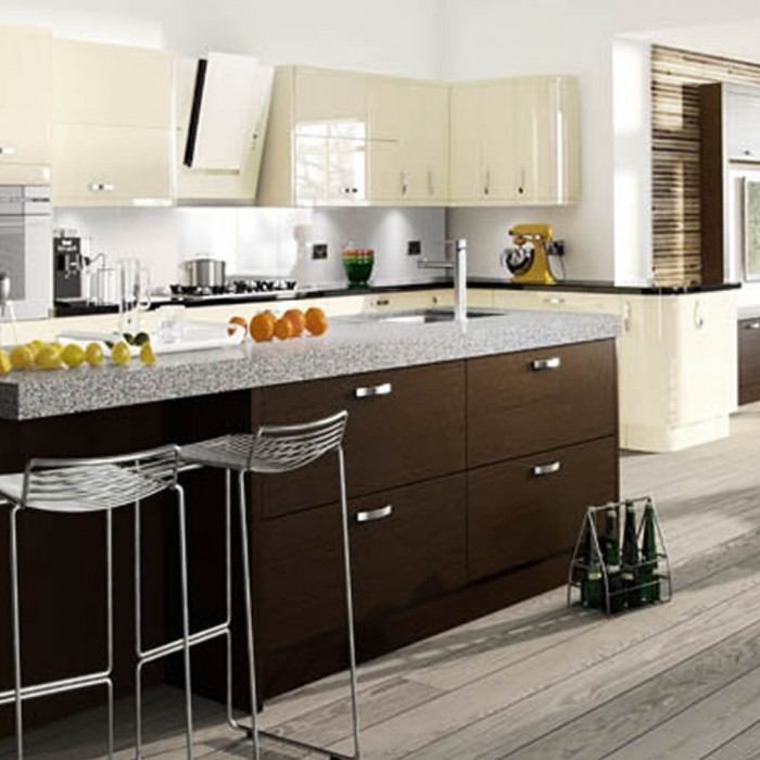 Kitchen Designs - Astro Gloss: Vanilla shown with Tavola Oak stained Wenge supplied by Superior Cabinets