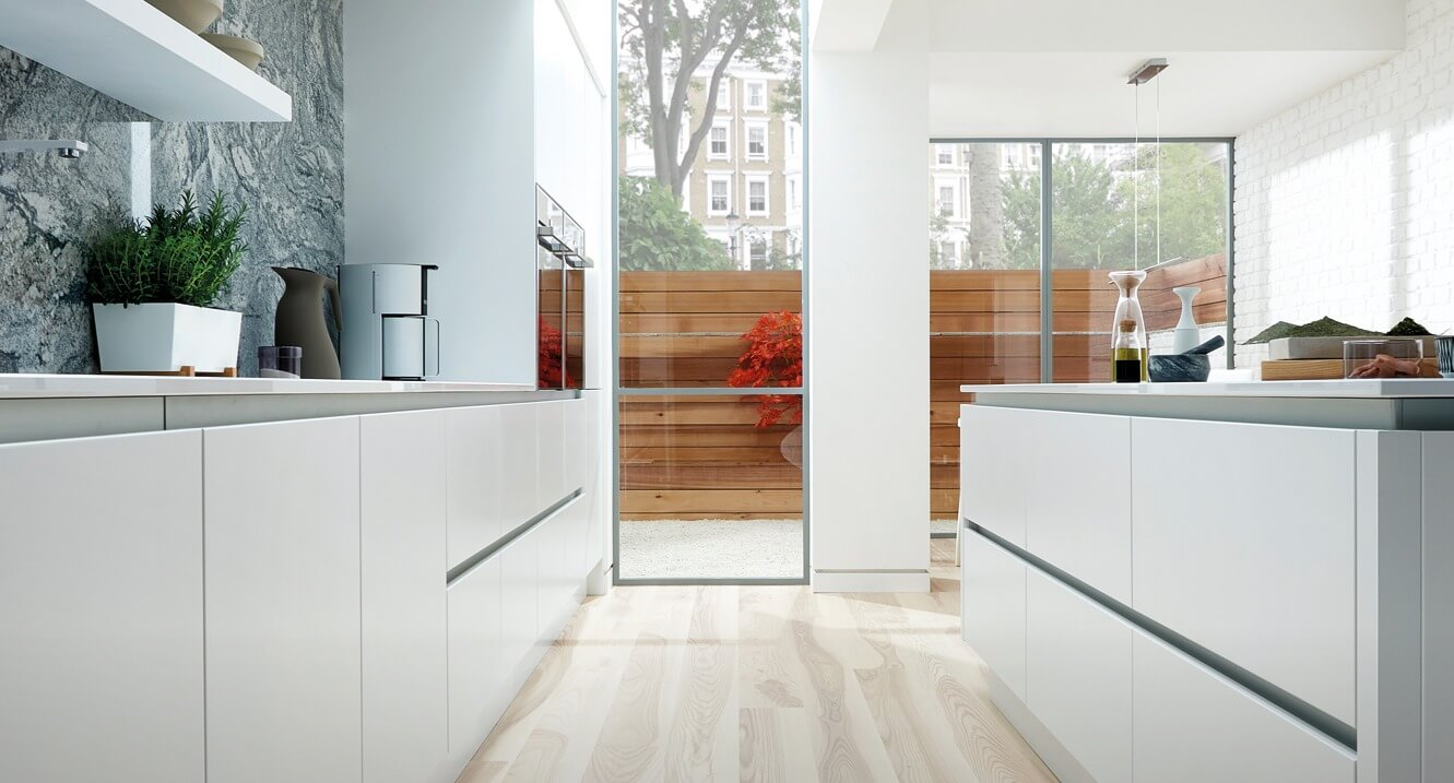 Handleless Kitchen Designs - Style 1 view 1