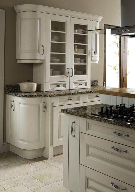 Coleridge's wide rails and grain detailing give this kitchen a sense of solidity. view 5