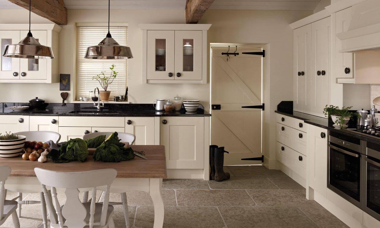 Langham Alabaster - Chunky shaker design, view 5